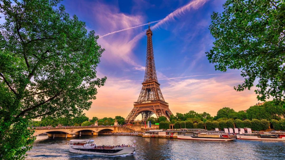 ШоШо?! Париж?